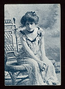 Edith Ellis sitting.jpg