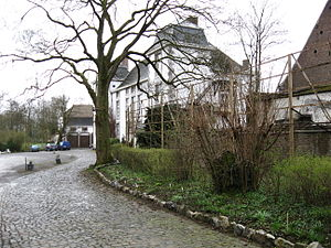 Héron - Image: Envoz (Chateau de Potesta)
