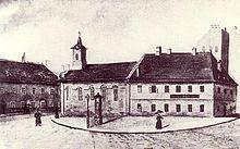 Die erste evangelische Kirche (und Schulhaus) am Burgberg zu Ofen um die Mitte des 19. Jahrhunderts (1896 abgerissen) (Quelle: Wikimedia)