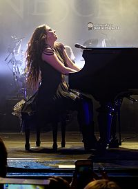 Evanescence at The Wiltern theatre in Los Angeles, California 06.jpg