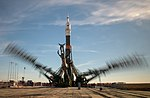 Expedition 57 Soyuz Rollout (NHQ201810090026).jpg