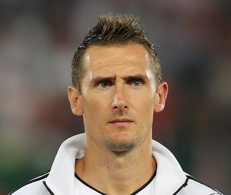 The 38-year old son of father Josef Klose and mother Barbara Jeż, 184 cm tall Miroslav Klose in 2017 photo