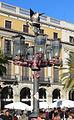 Fanal de la plaça Reial.jpg