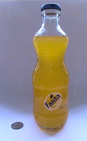 Fanta 200ml China 02.jpg