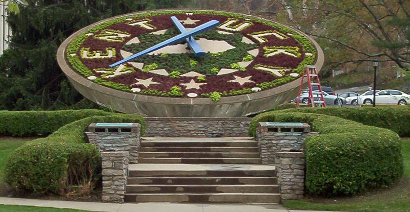 Floral Clock Frankfort KY.png