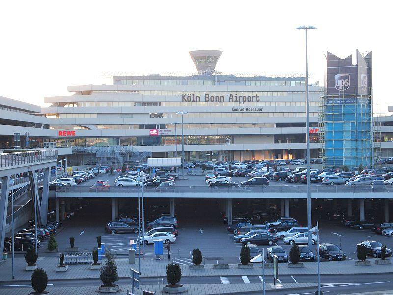 File:Flughafen Köln Bonn A230-fh.jpg