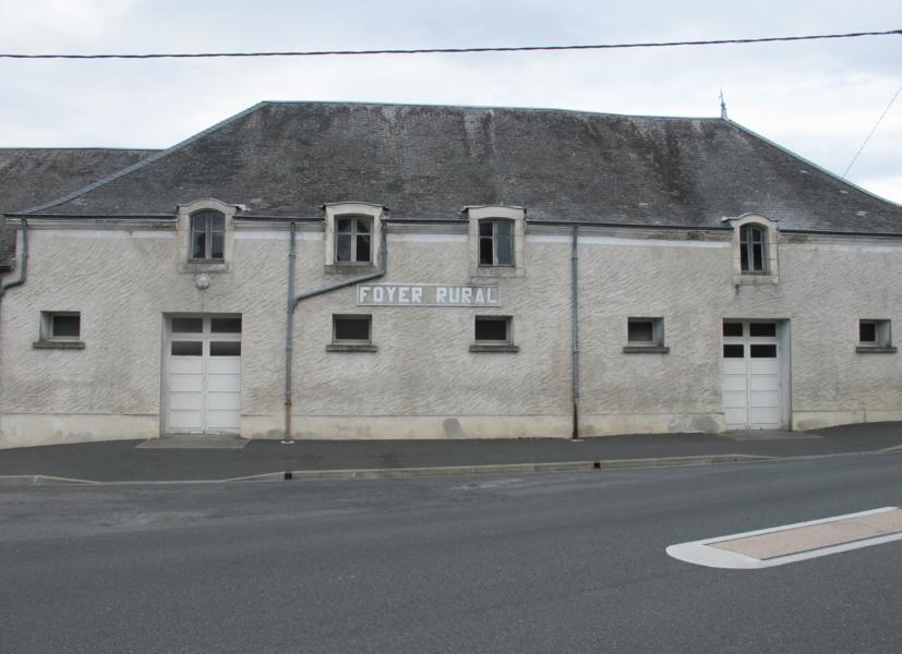 Foyer rural de Meobecq, France