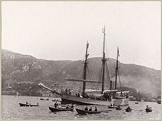 Colin Archer - Fram heavily loaded at the start on her first voyage 1893.