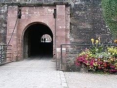 photographie montrant le pont-levis abaissé situé dans la citadelle de Belfort