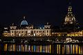 Frauenkirche und Hochschule für Bildende Künste Dresden bei Nacht.jpg