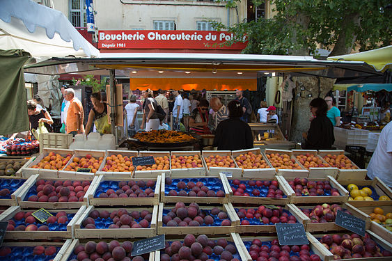 Fruits for sale in Aix-en-Provence.jpg