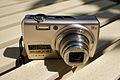 Fujifilm FinePix F200EXR02n2400.jpg