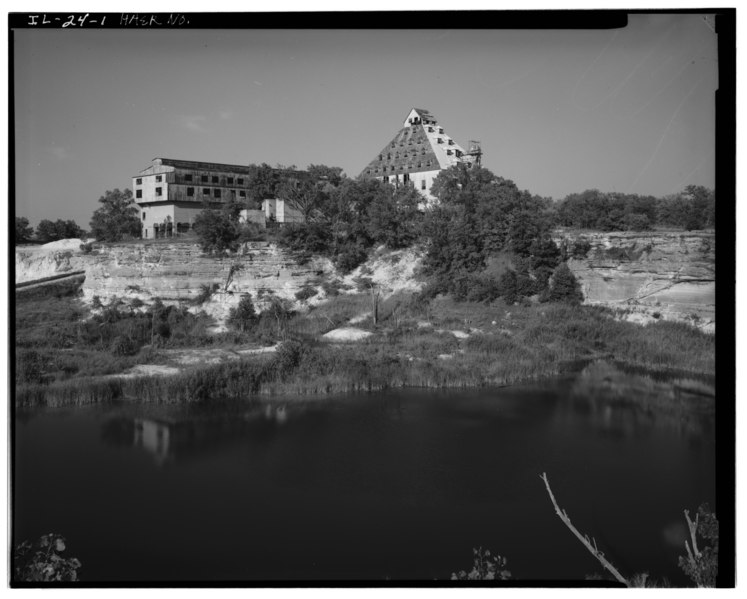 """File:GENERAL VIEW OF COMPLEX FROM SANDPIT LOOKING NORTHEAST, SAND DRAINING and DRYING BUILDING (left) AND SAND-SORTING BUILDING (right) - Mill """"C"""" Complex, South of Dee Bennet HAER ILL, 50-OTWA. v, 1-1.tif"""