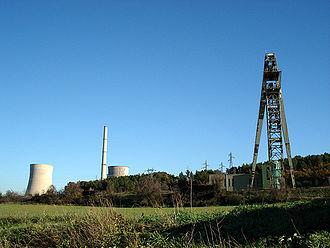 Gardanne - Image: Gardanne, power station and mine