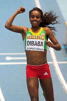 Genzebe Dibaba al traguardo dei 3000 m ai Mondiali indoor 2014.