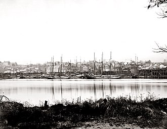 Georgetown (Washington, D.C.) - Sailing vessels docked at the Georgetown waterfront, ca. 1865