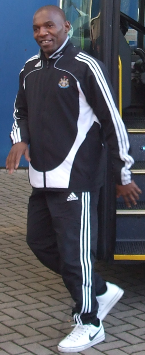 Geremi - Geremi Njitap in his stage as a player of Newcastle United, before a game against Hull City