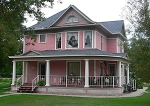 National Register of Historic Places listings in Aurora County, South Dakota - Image: Geyer Guesthouse, White Lake, SD, from WSW 1