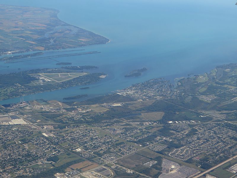 File:Gibraltar, Michigan (21079837494).jpg