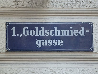 How to get to Goldschmiedgasse with public transit - About the place