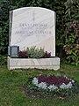Grab von Ernst Lothar und Adrienne Gessner auf dem Wiener Zentralfriedhof.JPG