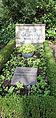 Grabstätte Trakehner Allee 1 (Westend) Edith Schollwer.jpg