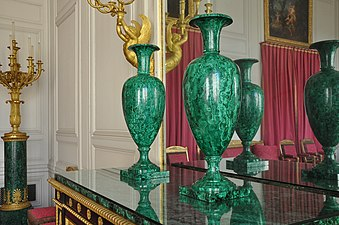 Grand Trianon Salon des Malachites 002.JPG