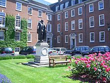 the South Square inside Gray's Inn, showing a statue of Francis Bacon and some surrounding chambers
