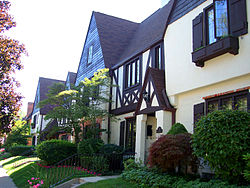 Townhouses in Grosse Pointe