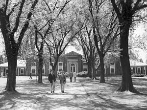 Loomis Chaffee School -  Grubbs Quadrangle looking toward the Dining Hall, The Loomis Chaffee School (circa the 1950s).
