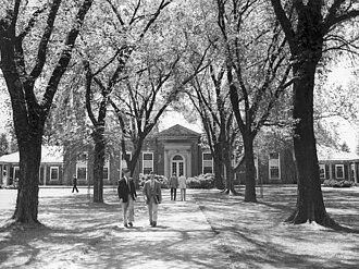 Loomis Chaffee School -  Grubbs Quadrangle looking toward the Dining Hall, The Loomis Chaffee School (circa the 1950s).
