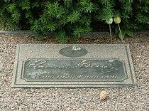 Gunnar Gren (plakett på graven).jpg