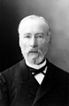Gustave Vapereau par Nadar.png