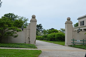 Bratenahl, Ohio - Gateway to a Lakeshore Boulevard estate