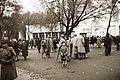 Gyerek portré 1943, a háttérben az Iparcsarnok. Fortepan 14949.jpg