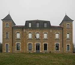 Le château Ranvier (hôtel de ville).