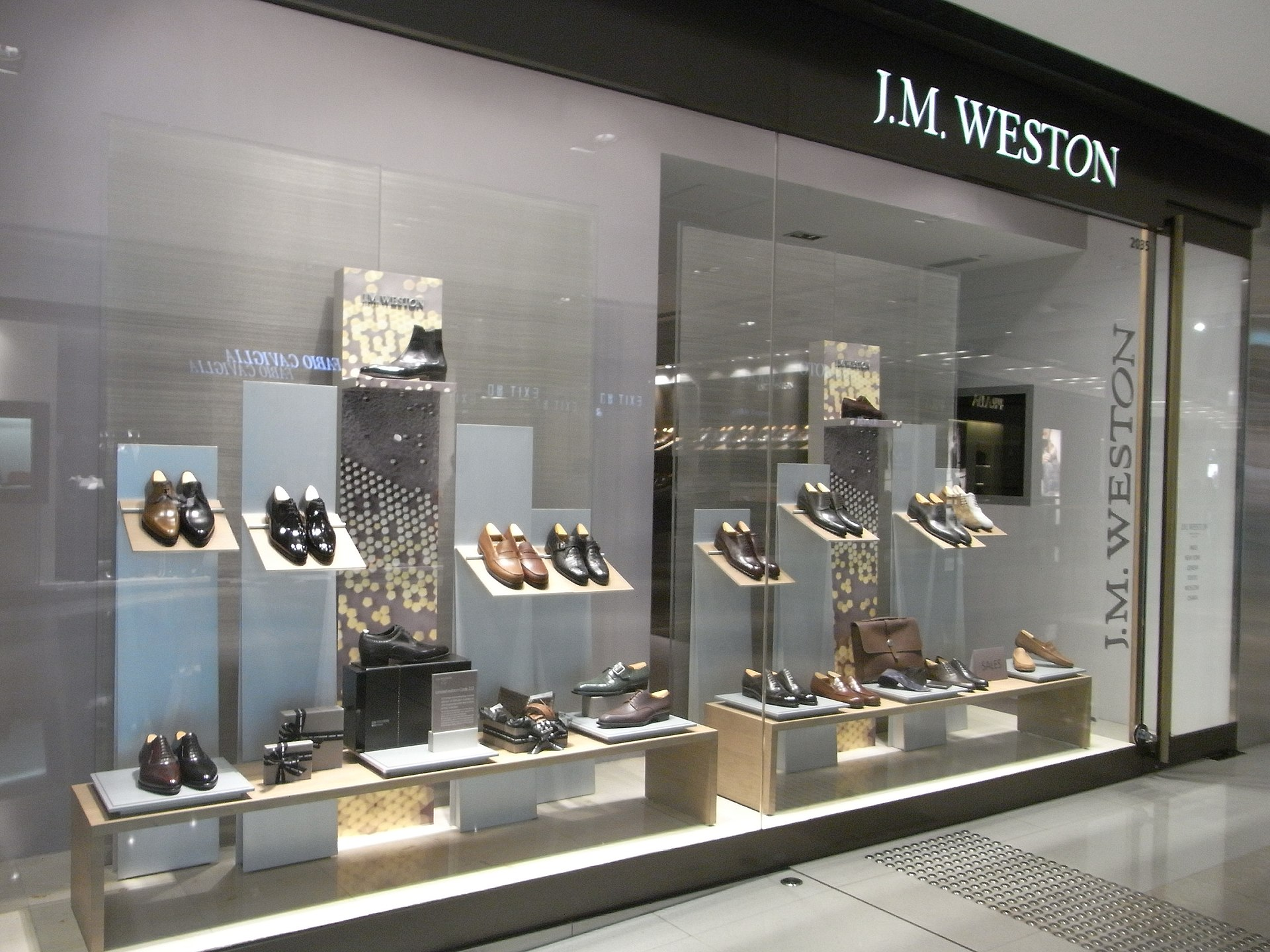 Luxury Shoe Brands Women S
