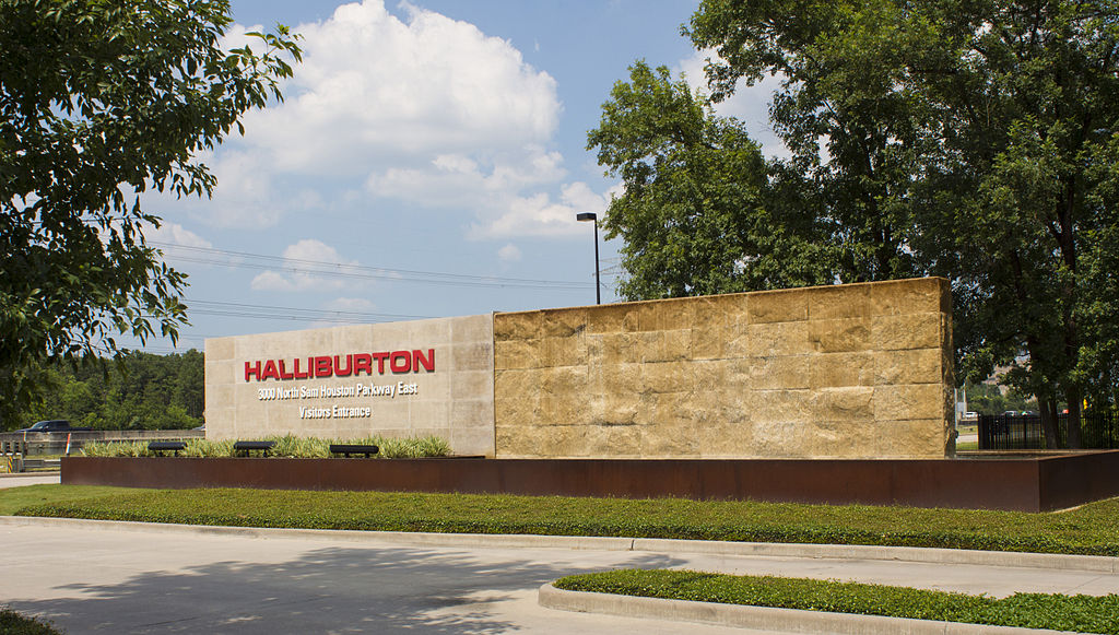Halliburton North Belt Sign 04 - West Side (Red Sign Removed)