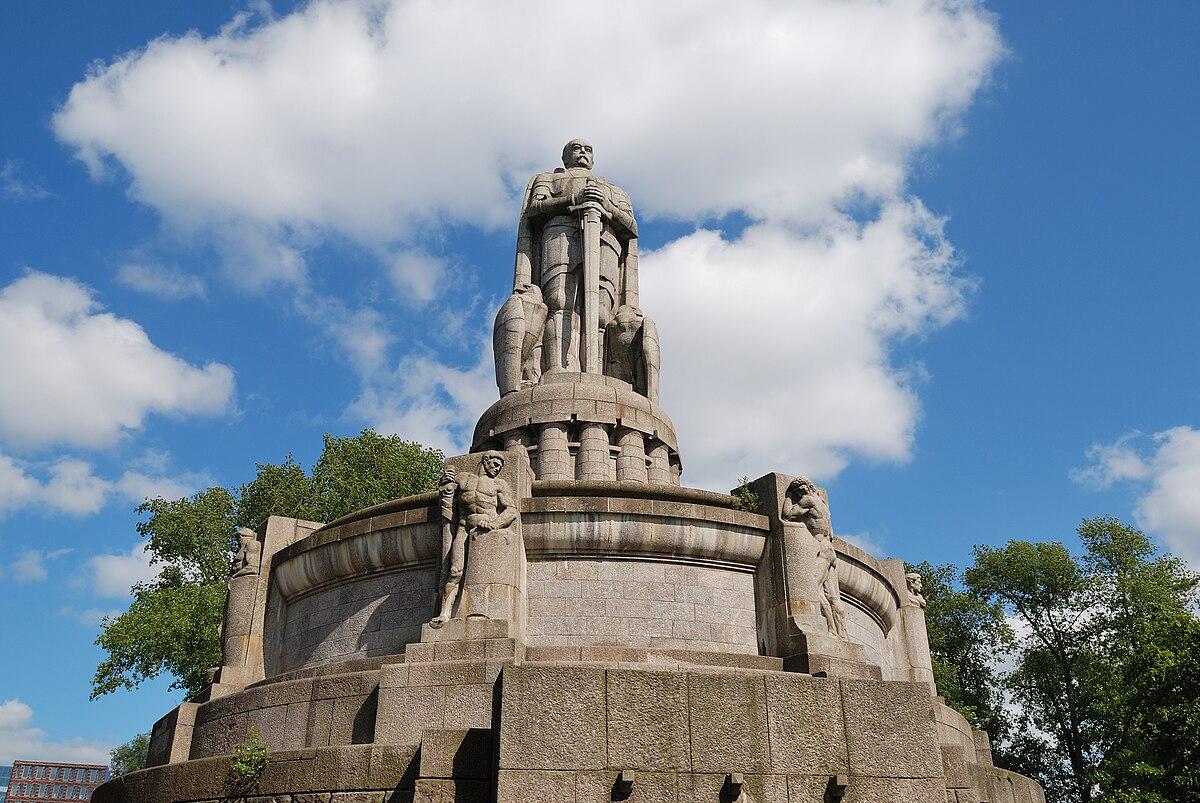 Bismarck-Denkmal (Hamburg) - Wikimedia Commons