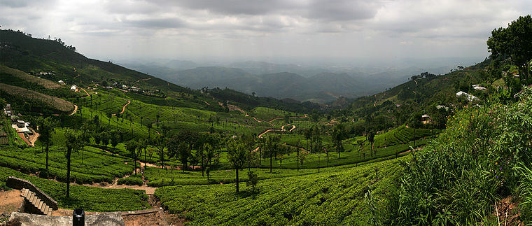 תצלום פנורמי של מעבר הפוטלה בין ההרים