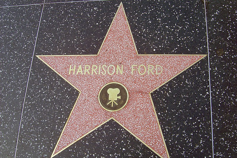 Fichier:Harrison Ford's Star on Hollywood Blvd.JPG