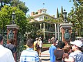 Haunted Mansion - panoramio.jpg