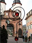 Heidelberg bridge enterence.jpg