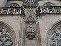 Heilig-Kreuz-Münster Schwäbisch Gmünd Fassade Maske.jpg