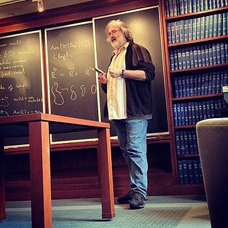 Helmut Hofer - Helmut Hofer lecturing at IAS in 2009