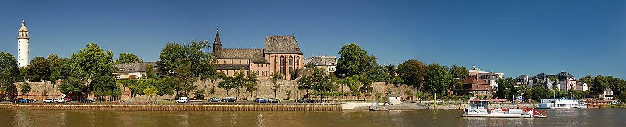 Церковь святого Иустина во Франкфурте-на-Майне.