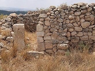 Khirbat Umm Burj - Image: House in ruins showing jamb of door
