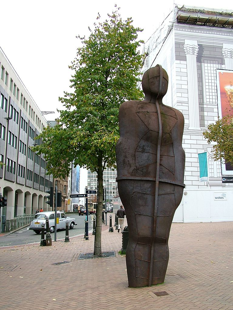 File:Iron Man - Antony Gormley Statue - Victoria Square