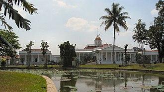Bogor Palace - Bogor Palace seen from the Bogor Botanical Gardens