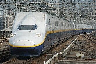 Tōhoku Shinkansen - Tohoku Shinkansen bilevel E4 series train